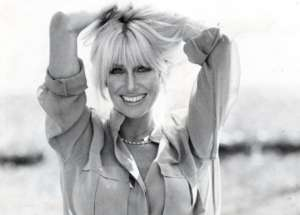 Suzanne Somers Strips Down In New Selfie For Her 73rd Birthday