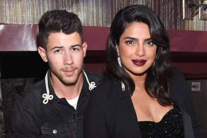 Nick Jonas Raves About 'Incredible' Priyanka Chopra Alongside Cute Pics Together!