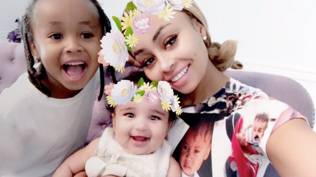 """blac-chyna-has-fun-day-out-at-pumpkin-patch-with-her-kids-dream-and-king-cairo"""