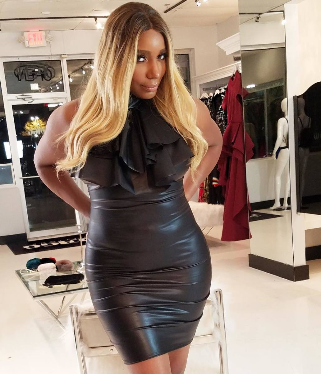 """nene-leakes-fans-tell-her-that-shes-naturally-pretty-under-all-that-glam-see-the-video"""
