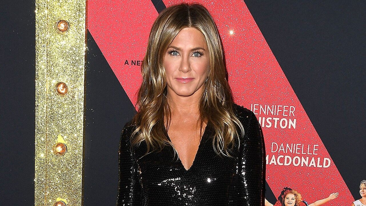 """""""jennifer-aniston-recalls-harvey-weinstein-attempted-to-bully-her-into-wearing-a-marchesa-gown-at-a-premiere"""""""