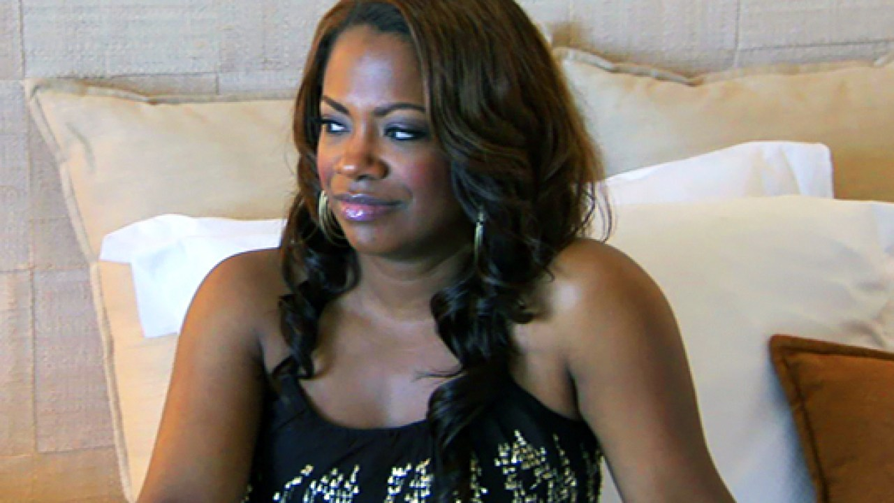 """kandi-burruss-slays-short-hair-and-fans-are-here-for-it-see-the-video"""