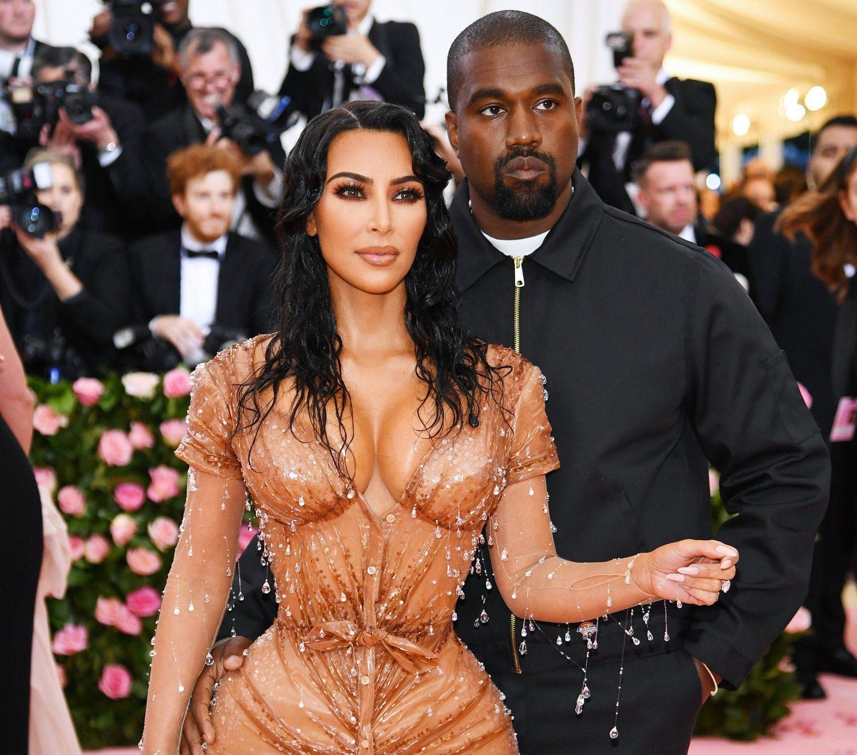 KUWK: Kanye And Kim Fight Over Her Met Gala Dress