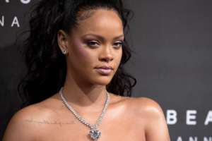 Rihanna Claps Back After Being Offended On Social Media - She Also Has A Message For Friends And Family