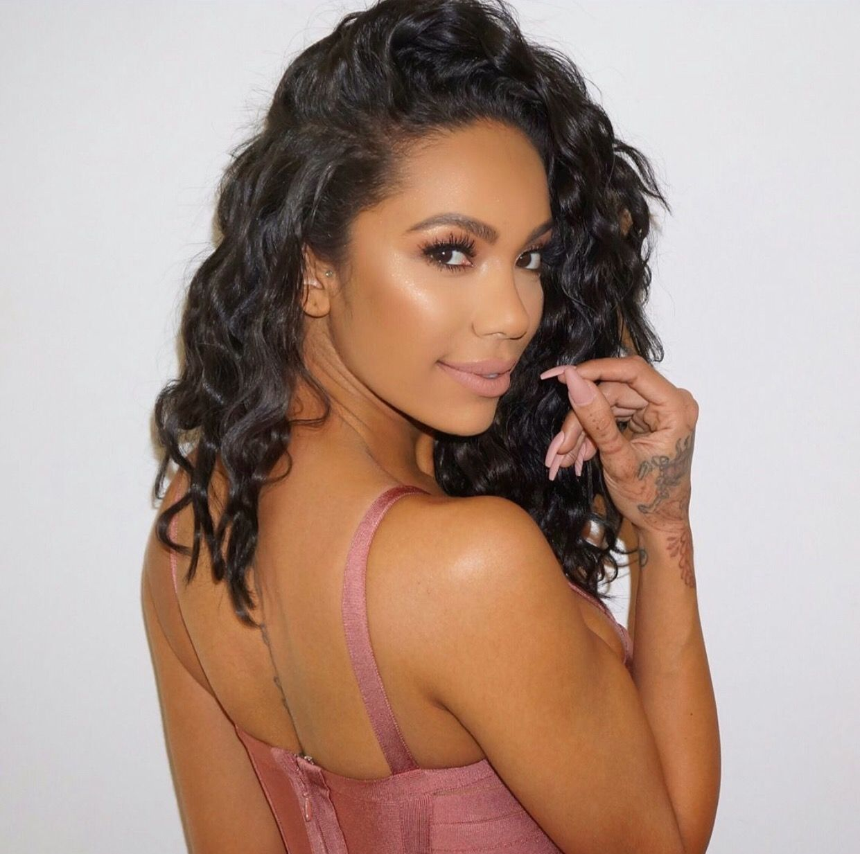 Erica Mena Shows Off Her Bare Tummy And Fans Love That She's Embracing Her Pregnant Look