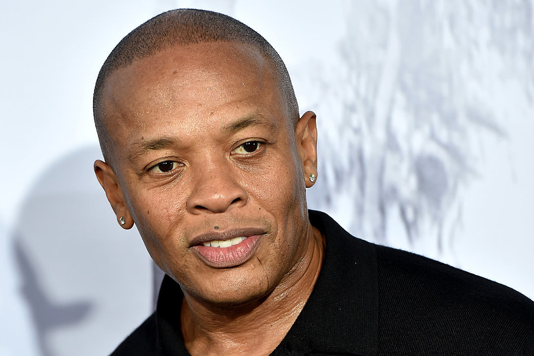 """""""dr-dre-to-receive-honorary-award-from-the-recording-academy-for-his-longtime-contributions-to-music"""""""