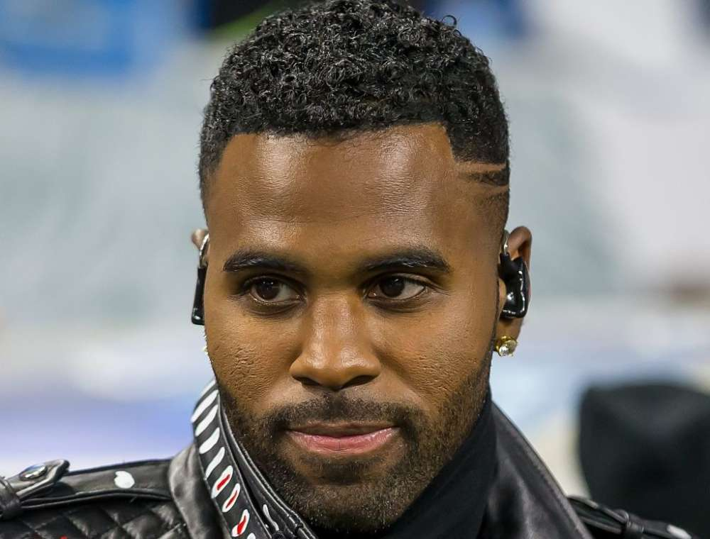 Jason Derulo Posts Photo On Instagram And Fans Go Wild