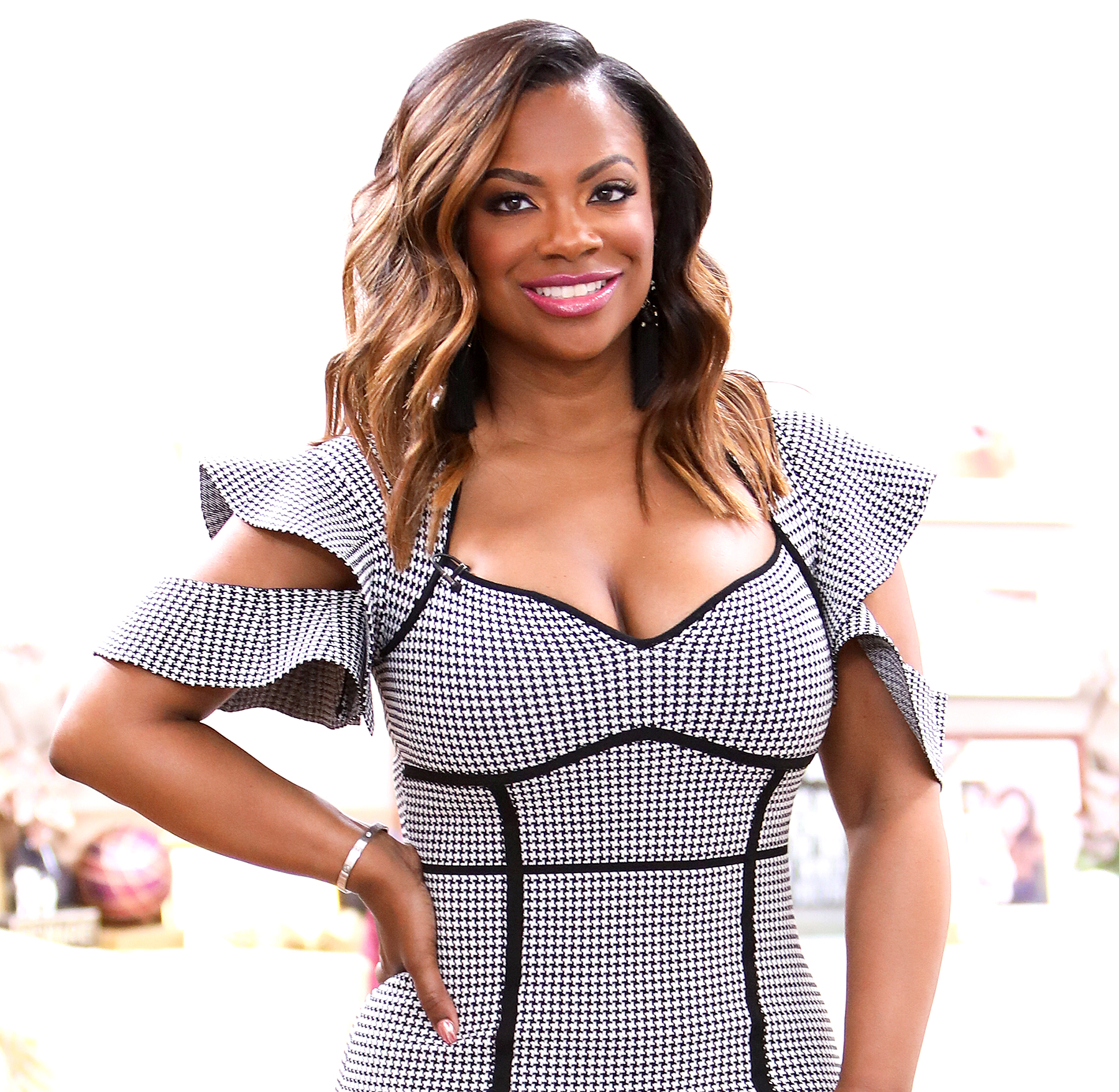 Kandi Burruss Shares A Video To Show Fans How Her Halloween Mask Was Applied