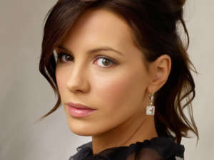 Kate Beckinsale Shuts Down Jamie Foxx Dating Rumors