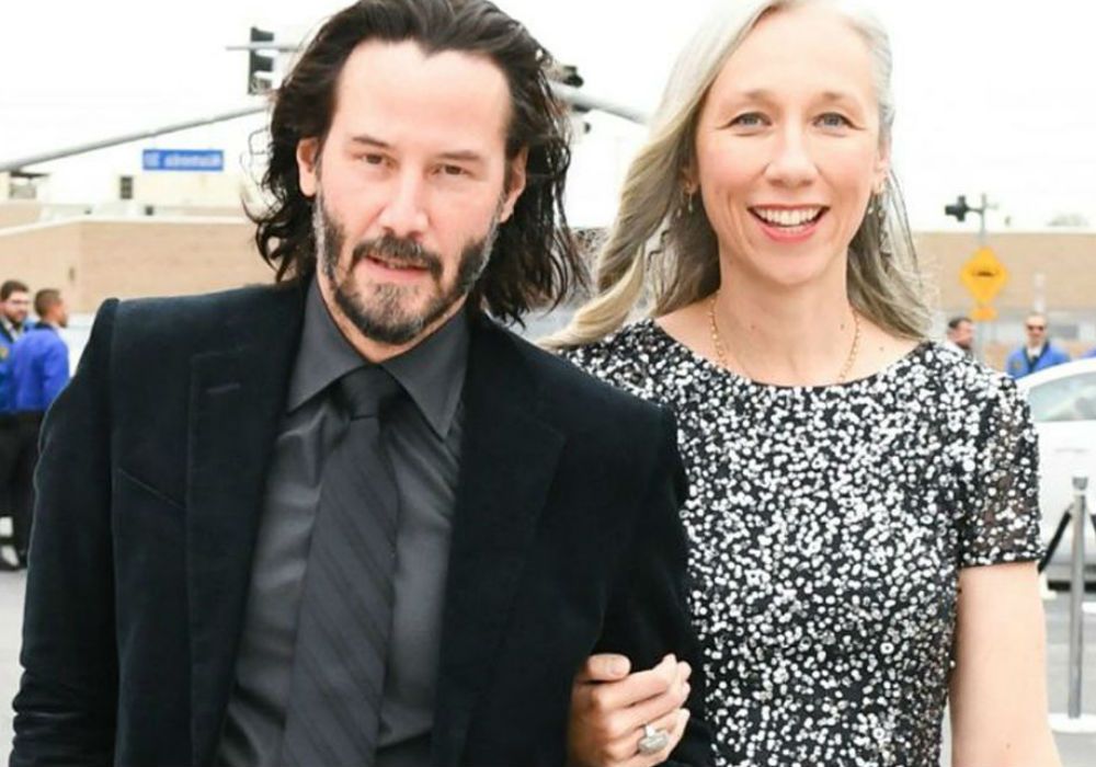 Keanu Reeves Wins The Internet After Stepping Out With His New Girlfriend