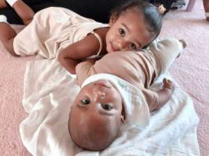 KUWK: Kim Kardashian Posts The Cutest Pic Of Chicago And Psalm Snuggling Together - Check It Out!