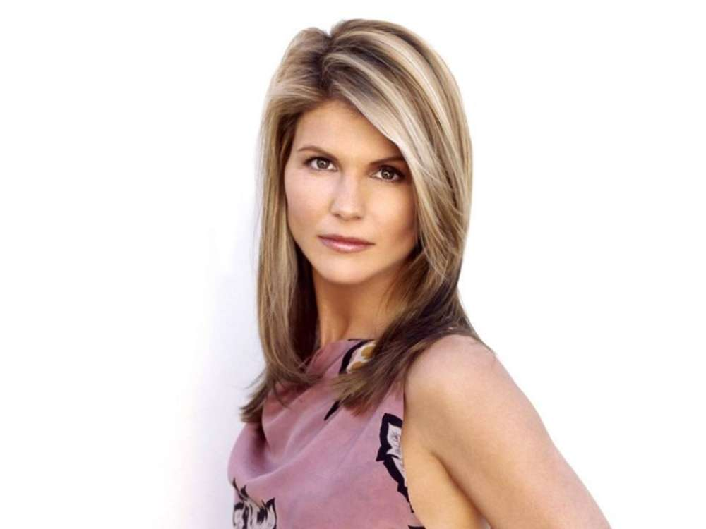 """lori-loughlin-pleads-not-guilty-to-college-admission-scandal-charges"""