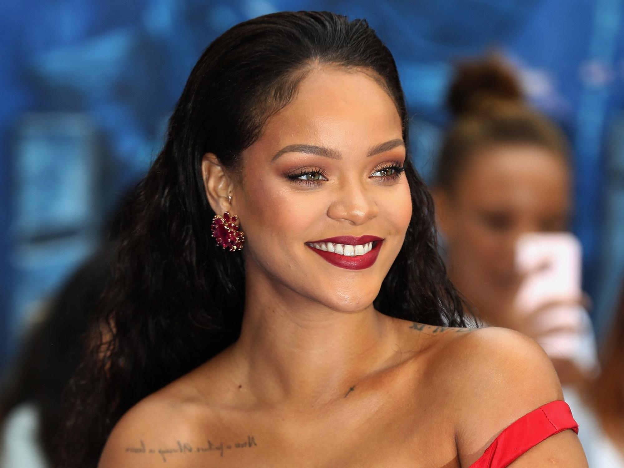 Rihanna Jennifer Rosales Baby Drama