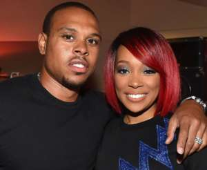 Shannon Brown Posts Thirst Trap Body Transformation Photo For Ex-Wife Monica -- Will He Ever Move On After The Divorce?
