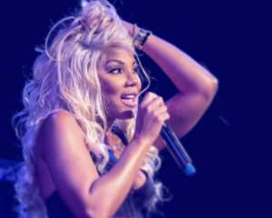 Tamar Braxton Performed With A Swollen Ankle But She Still Slayed On Stage