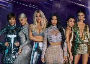 KUWK: Kim Kardashian Cuts Off Kourtney Kardashian And Fans Aren't Having It