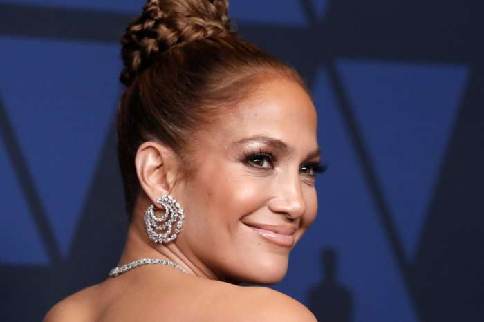 Jennifer Lopez Explains Why She Took On The Super Bowl Halftime Show Gig Despite The Colin Kaepernick Controversy