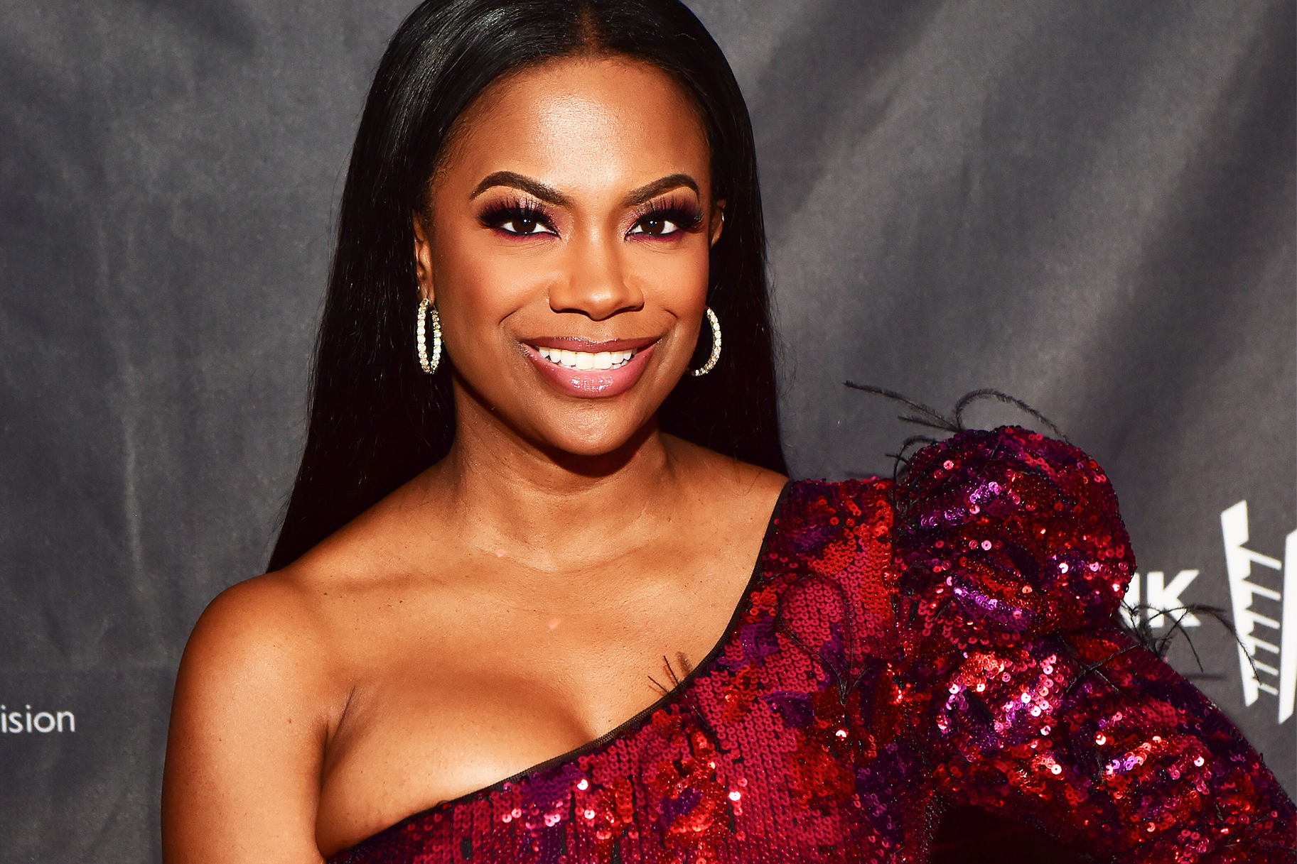 Kandi Burruss Spends Thanksgiving's Day With Her Extended Family