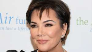 KUWK: Kris Jenner Freaks Out After Stumbling Upon A Massive Anaconda Snake In Daughter Kim's Yard