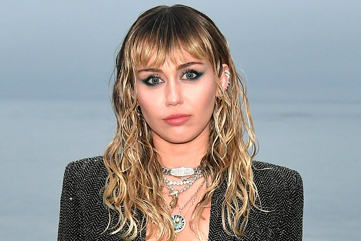 """""""miley-cyrus-doctor-explains-why-its-crucial-she-doesnt-talk-for-a-while-after-vocal-cord-surgery"""""""