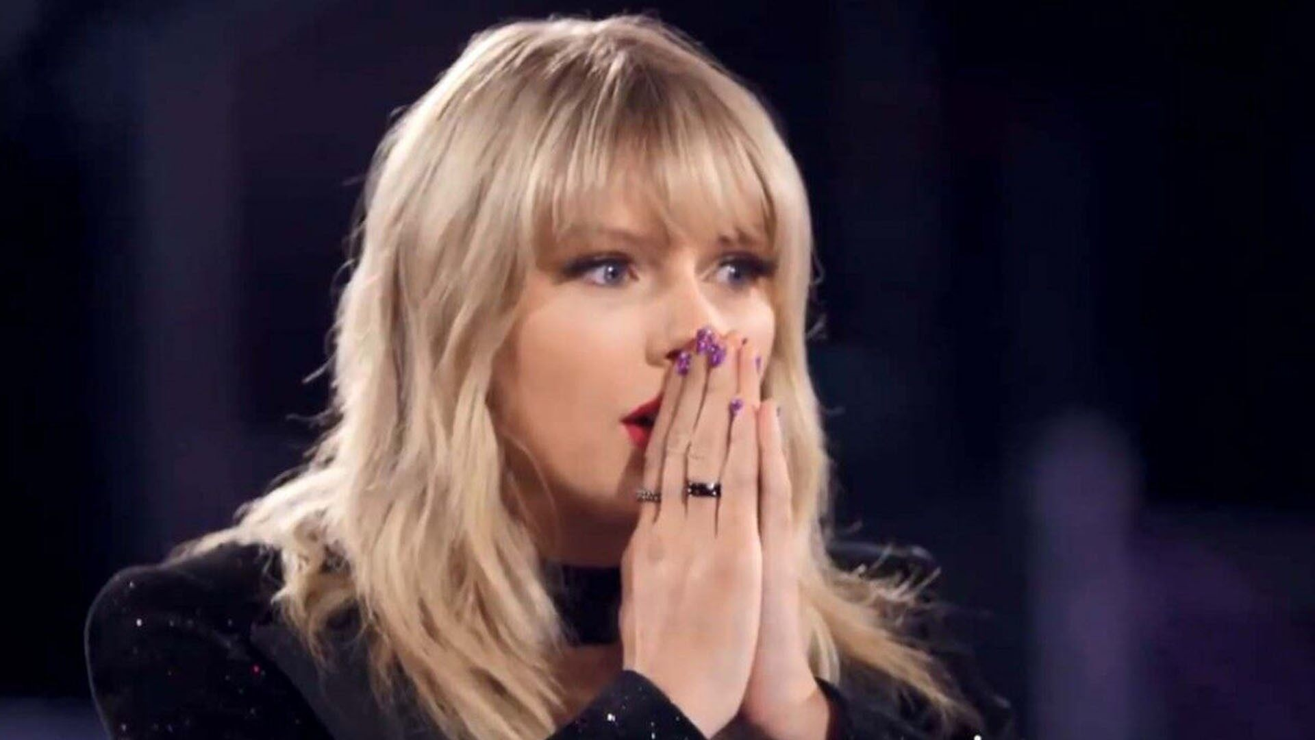 """""""taylor-swift-reportedly-determined-to-make-a-statement-about-her-career-and-the-scooter-braun-drama-while-performing-at-the-amas"""""""