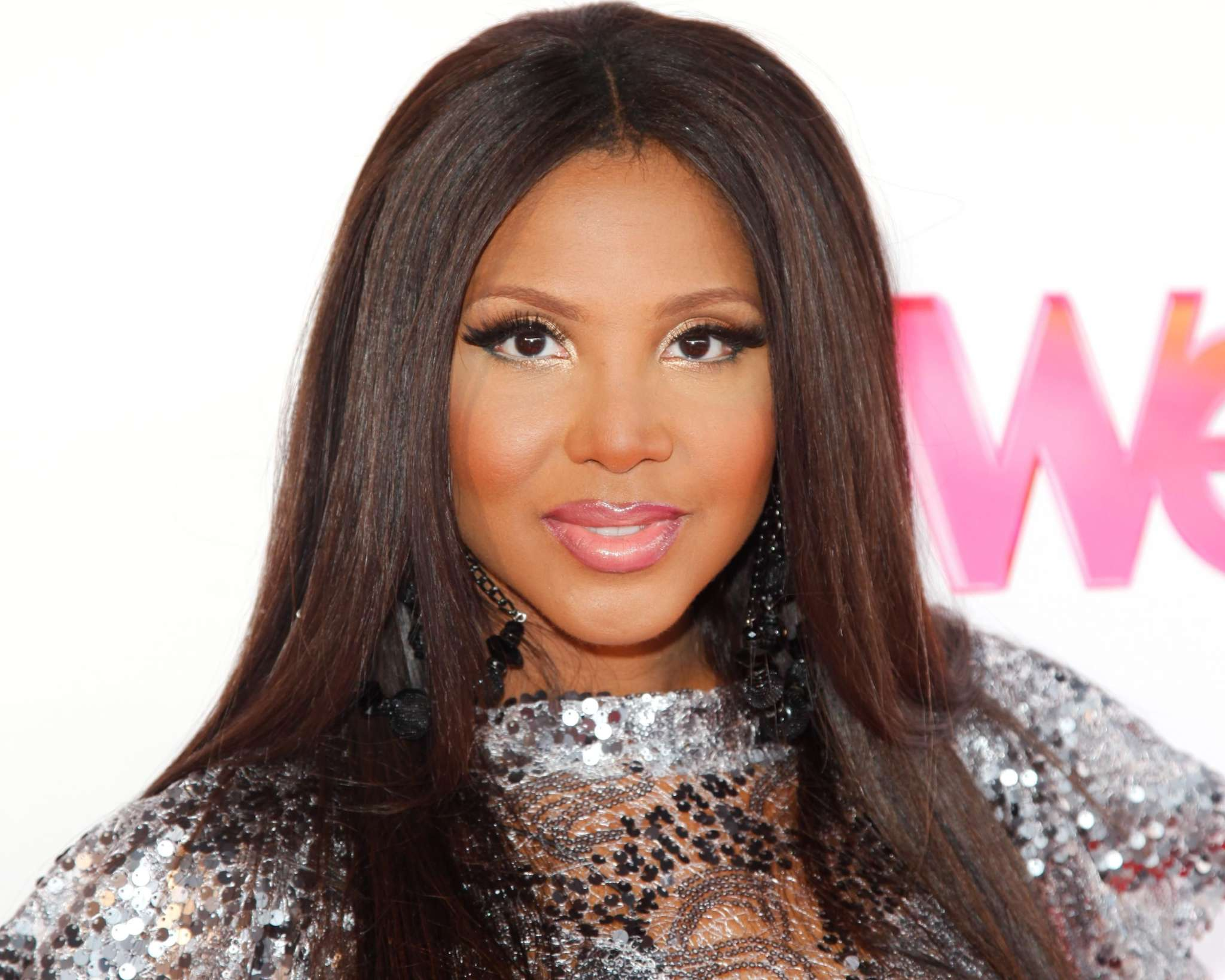 Toni Braxton Poses With Her Sister, Tamar Braxton And Their Brother Michael - See The Photo Here