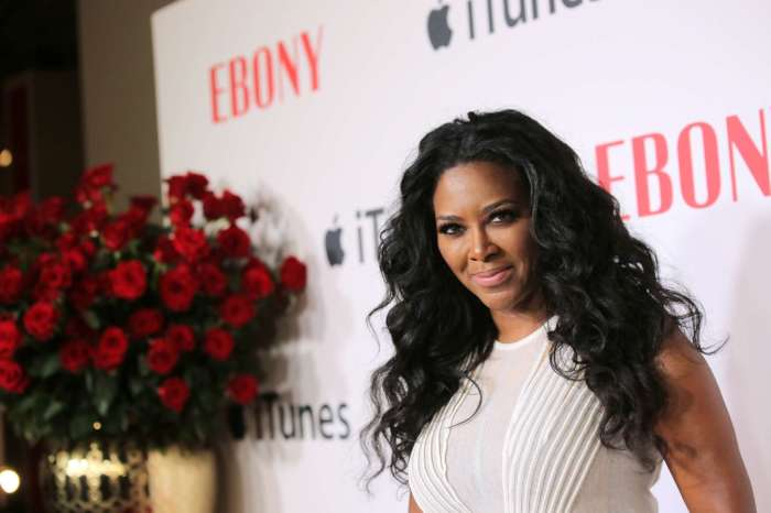 Kenya Moore Slays A Mini Dress While Showing Off Her Toned Legs