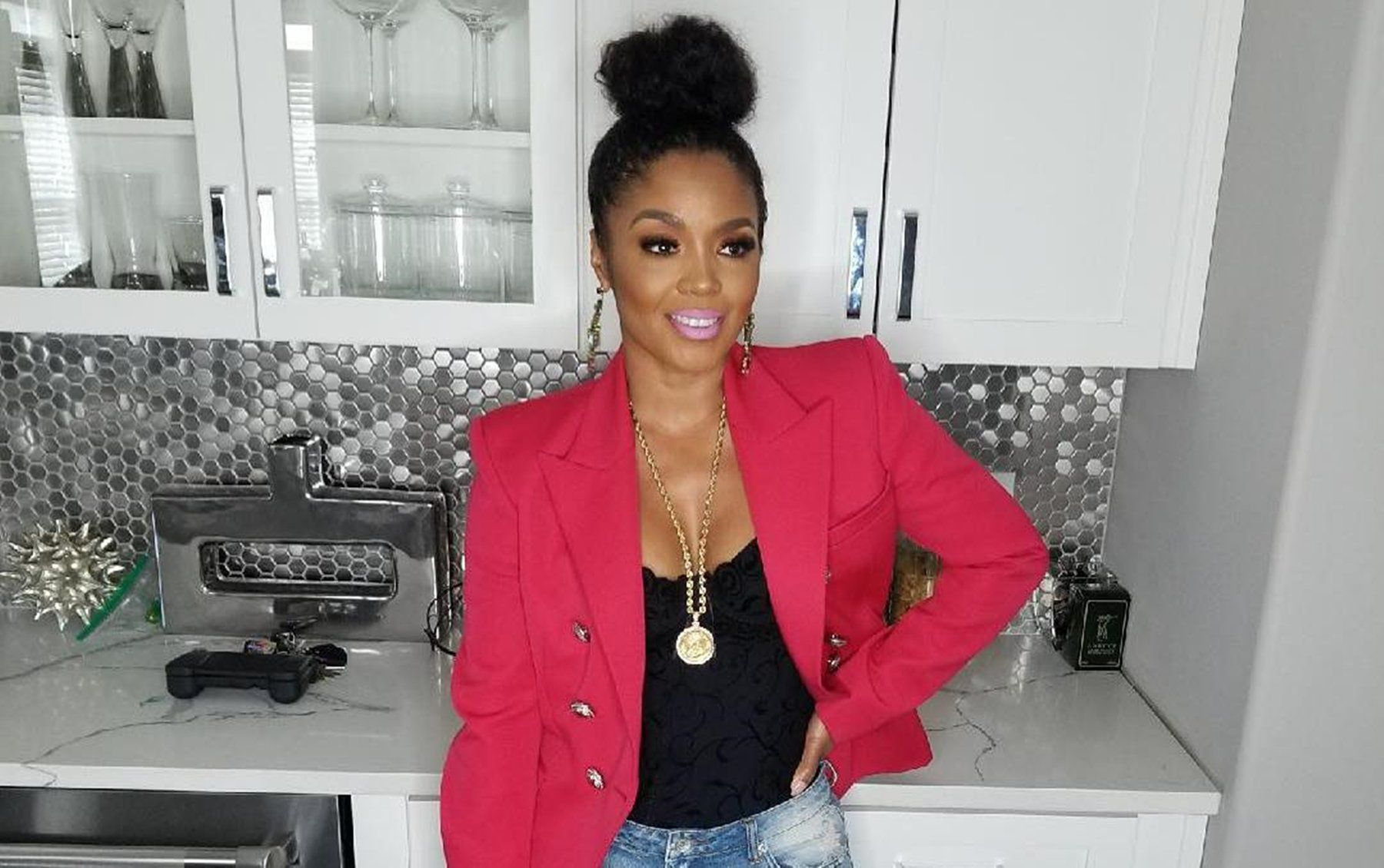 Rasheeda Frost Shares A Photo Featuring Karter Frost Decorating The Chrsitmas Tree
