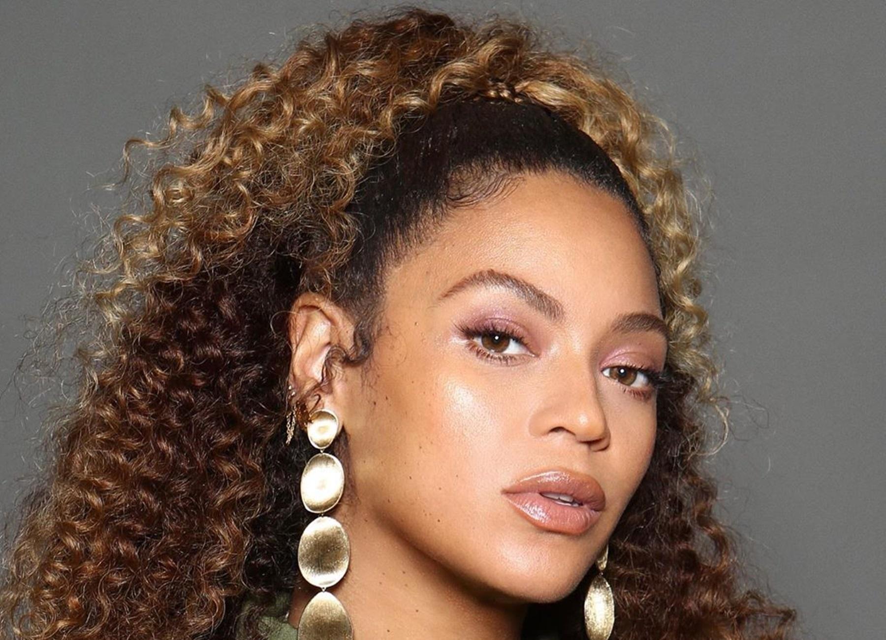 Beyonce Kelly Rowland Tina Knowles