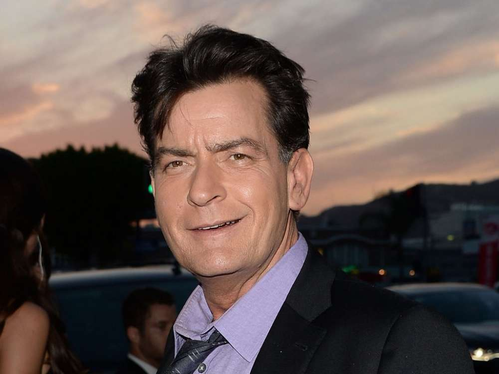 """charlie-sheen-reveals-that-hes-selling-his-major-league-baseball-hat"""