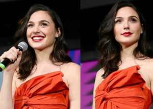 Gal Gadot Wears Givenchy To CCXP 19 In Sao Paulo — Watch Wonder Woman 1984 Trailer