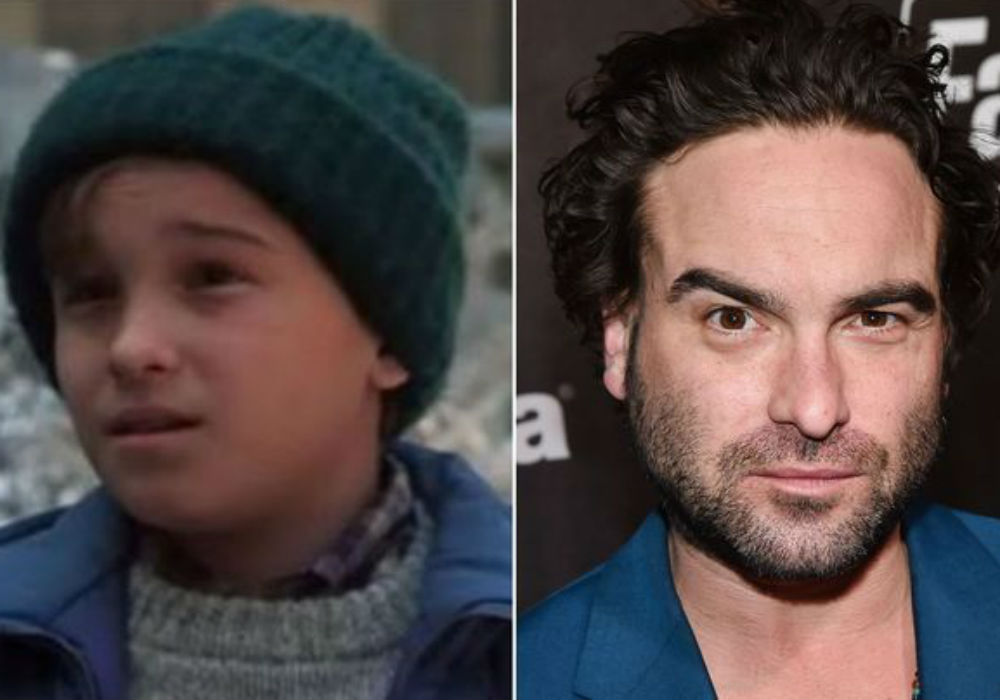 Johnny Galecki Reunites With Christmas Vacation Cast For Special Screening Amid News He's Producing Of A Spin-Off