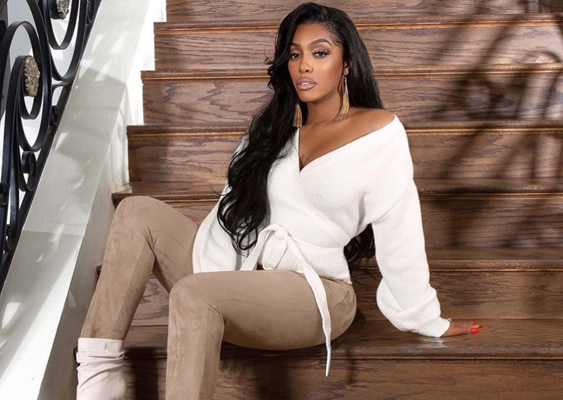 Porsha Williams And Her Pal, Monique Samuels, Looks Gorgeous In The Mexico Vacay