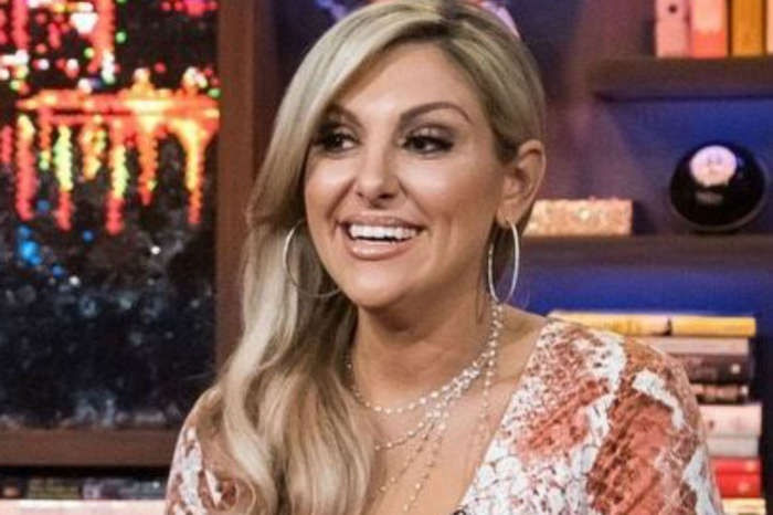 RHOC - Gina Kirschenheiter Breaks Down Over Her Ex-Husband's Alleged Domestic Abuse During Season 14 Reunion