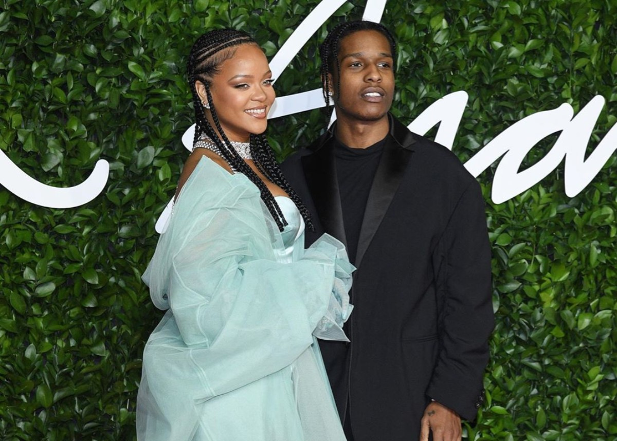 """rihanna-and-asap-rocky-represent-fenty-at-british-fashion-awards-and-spark-couple-alert-as-pair-was-virtually-inseparable"""
