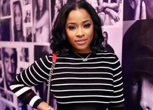 Toya Wright Has The Most Mystical Experience At The Great Mosque Abu Dhabi - See The Pics