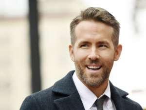 Ryan Reynolds Admits He Just Might Be A Kate Beckinsale Doppelganger