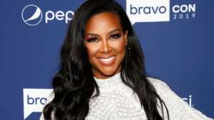 Kenya Moore's Baby Girl, Brooklyn Daly, Has A Great Time In Front Of The TV, Eating Popcorn And Fans Are In Awe, Seeing This Video