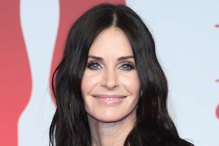 Courteney Cox Fans Say She Looks A Lot Like Caitlyn Jenner And She Agrees - Check Out Her Hilarious Reaction!