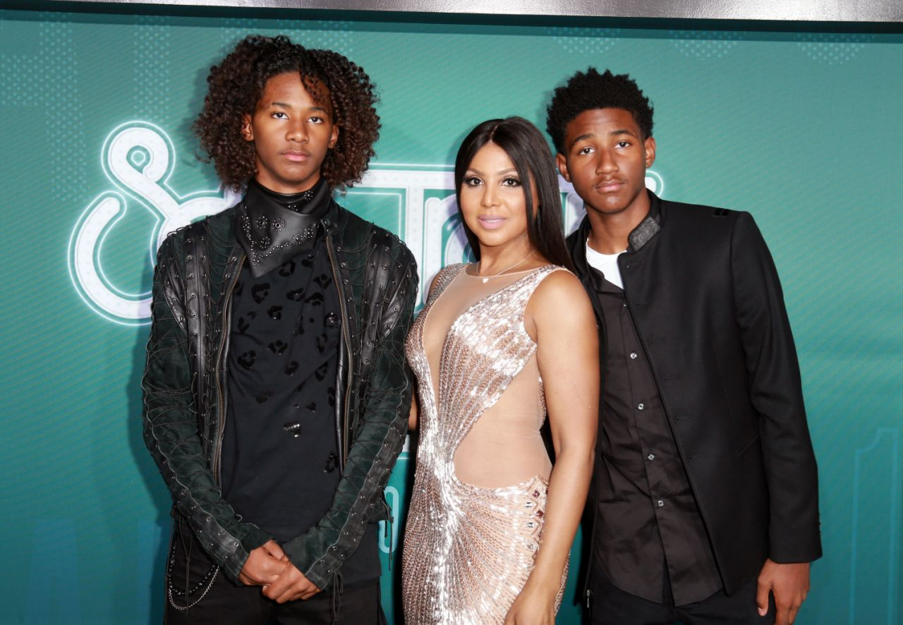 Toni Braxton Impresses Fans With A Photo Featuring Her Two Sons