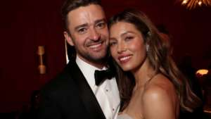 Justin Timberlake - Here's Why He Decided To Apologize To Wife Jessica Biel After Holding Hands With His Co-Star!