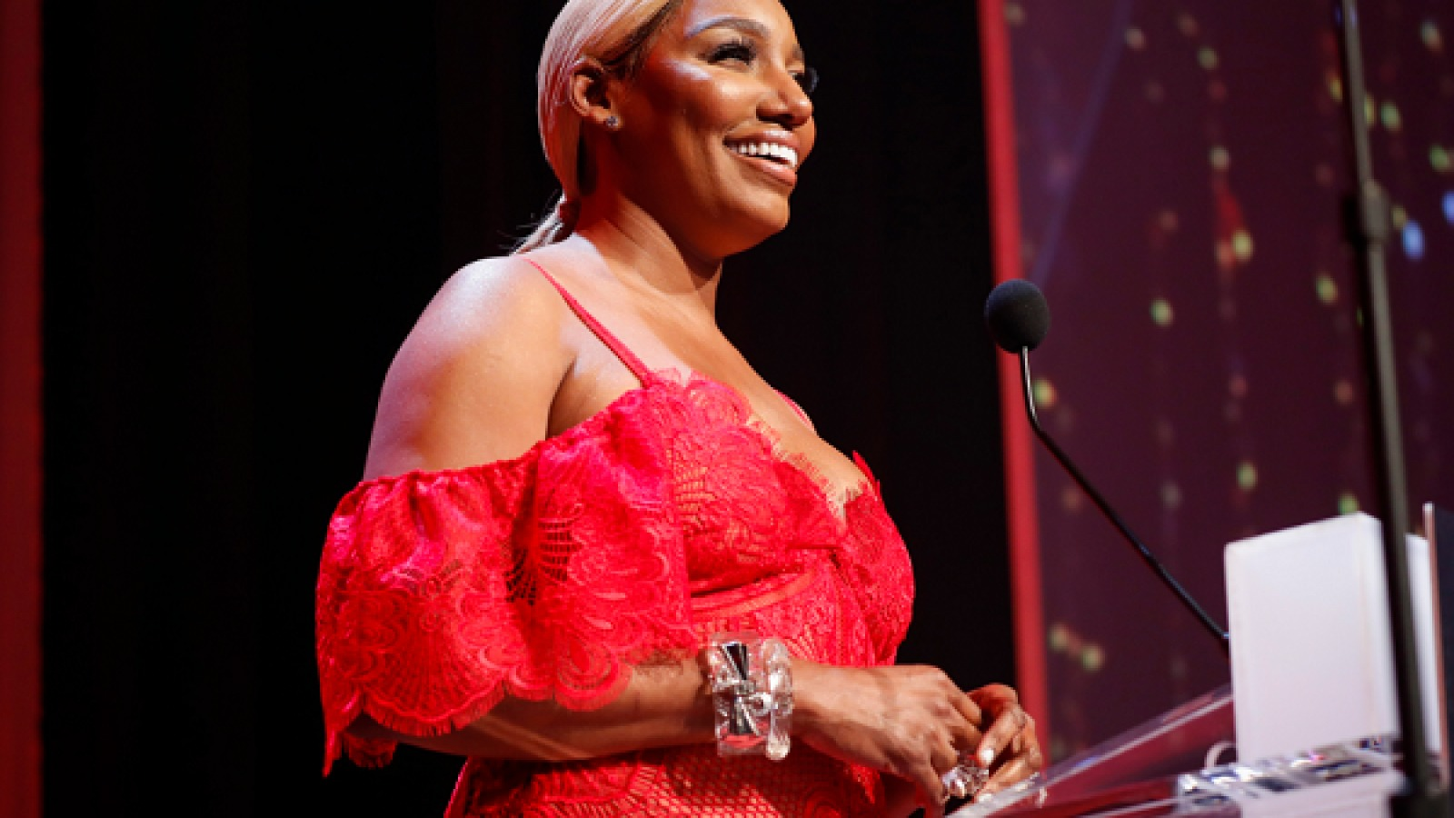 NeNe Leakes Has Fans Laughing Their Hearts Out With This Video In Which She's Spitting Some Rhymes