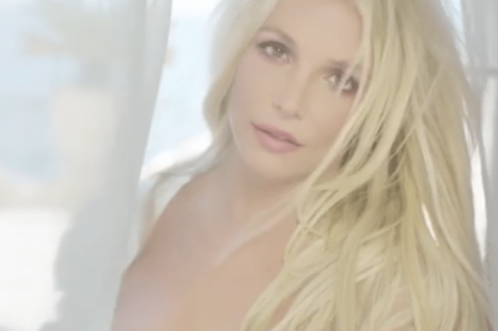 Britney Spears Shares A White Rose And Says 'God Bless You All'