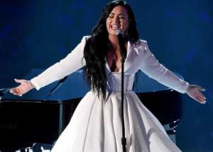 Demi Lovato Wears Christian Siriano With Zana Bayne Belt To Grammy Awards