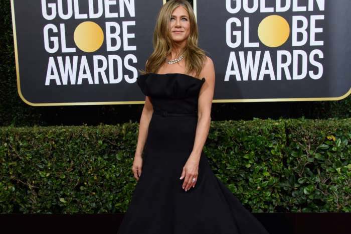Jennifer Aniston Wore Christian Dior To 77th Golden Globes Awards