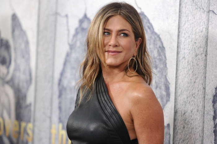 Jennifer Aniston Is Really Looking Forward To The Golden Globes A Source Explained