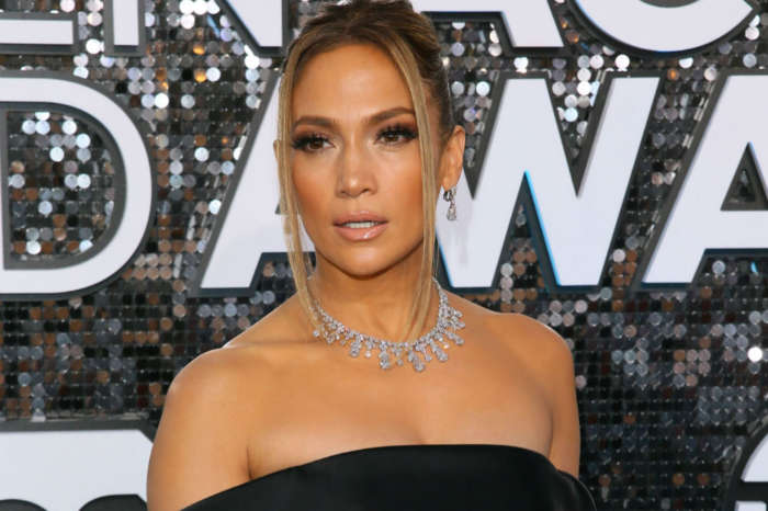 Jennifer Lopez Sparkles At SAG Awards In $9 Million Of Diamonds