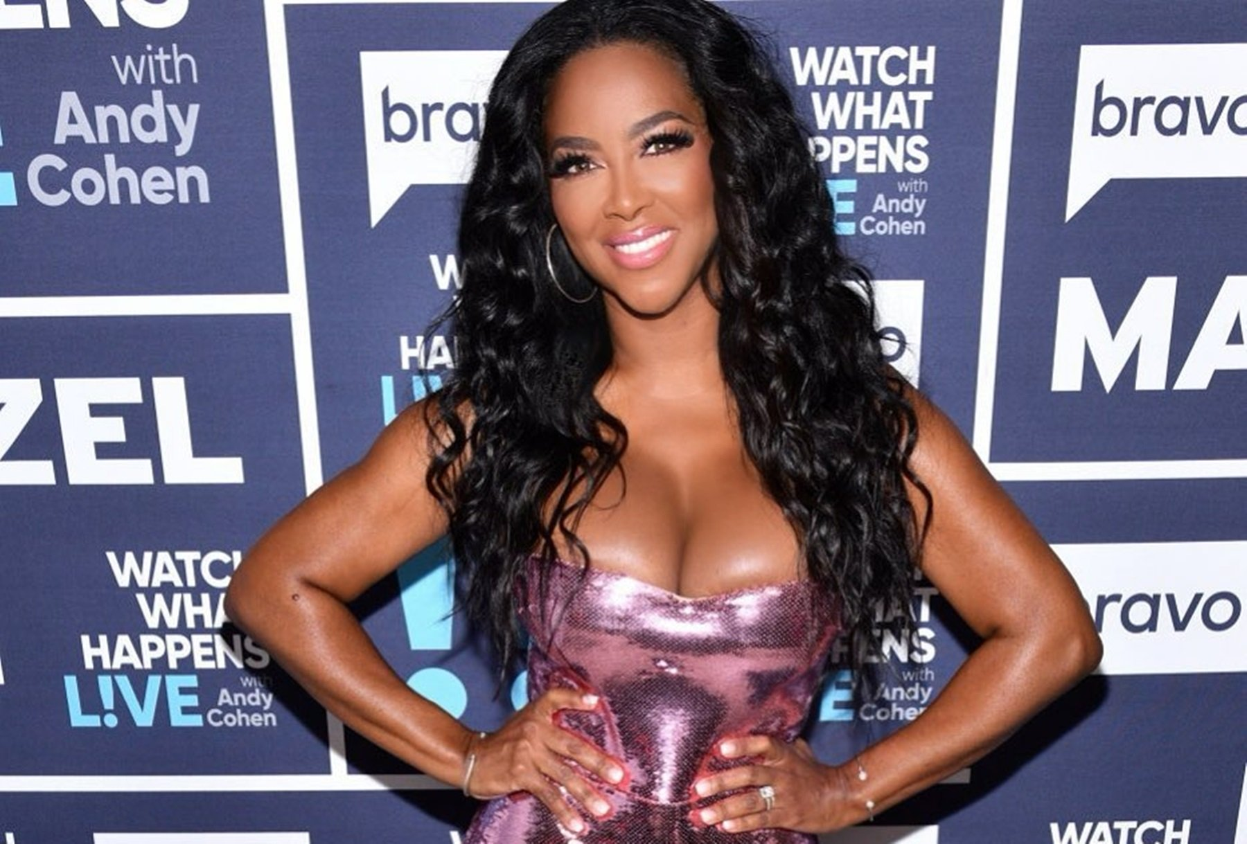 Kenya Moore Shows Off Her Natural Face And Hair And Impresses Fans With Her Beauty