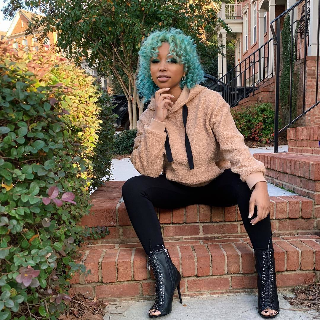 Tiny Harris' Daughter, Zonnique Pullins Shows Off Her Gym Look And Fans Love It