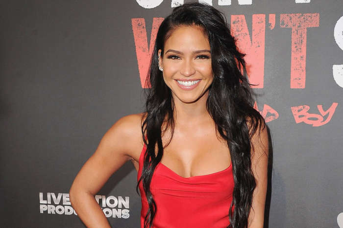 Cassie Posts The First Snap Of Baby Daughter Frankie's Face A Month After Welcoming Her!